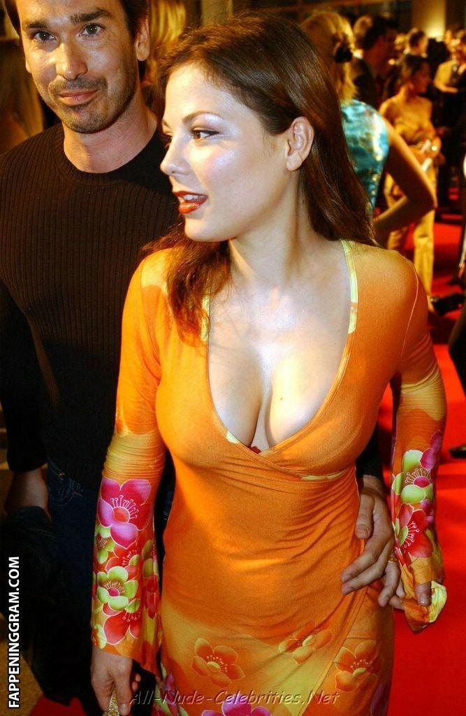 Nackt  Marisa Rudiak Hot Leak