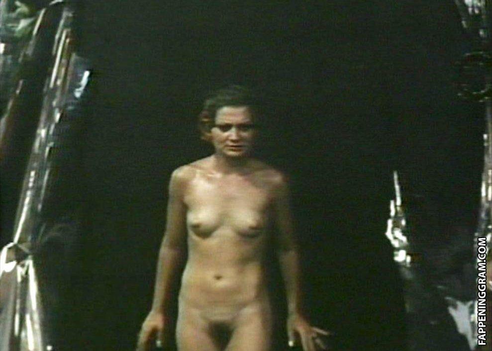 Nancy Dare  nackt