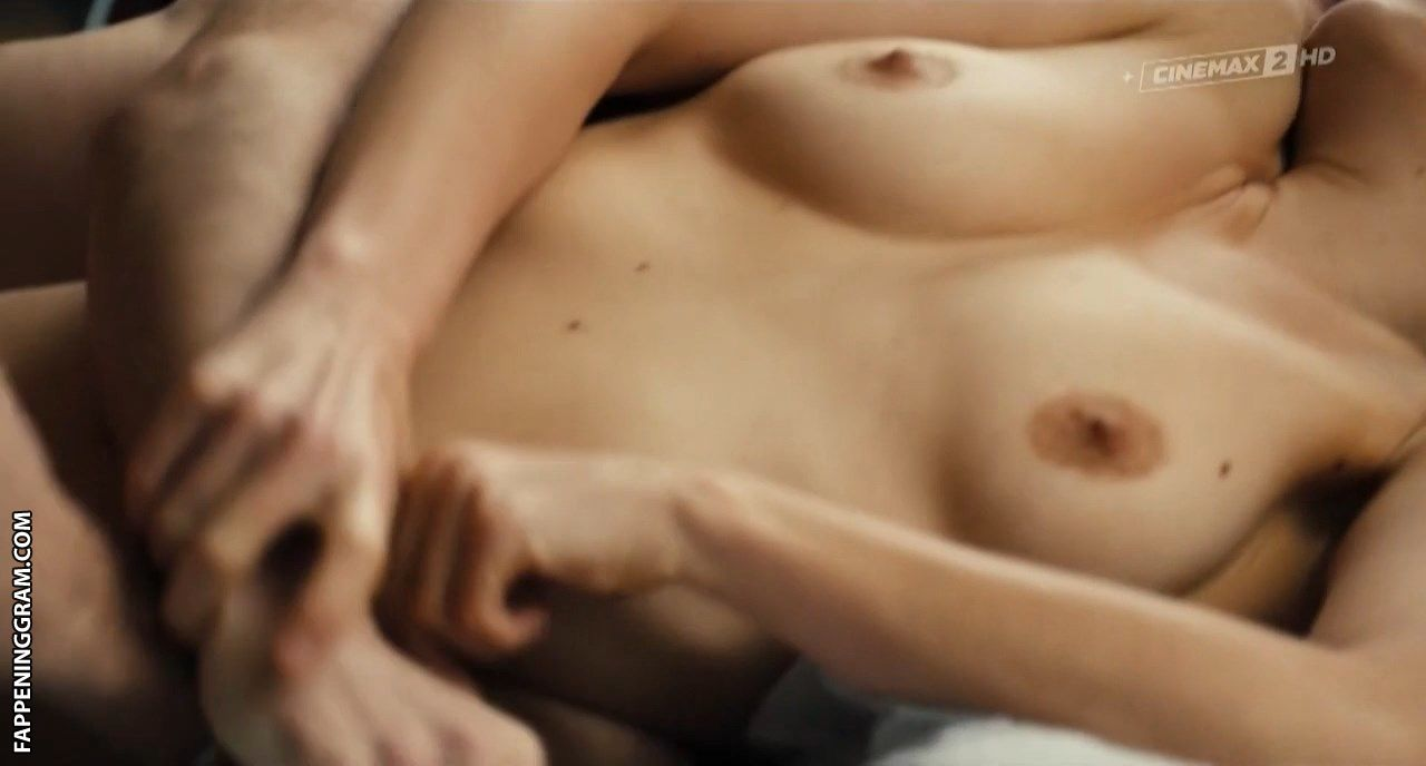 Naomi Velissariou Nude