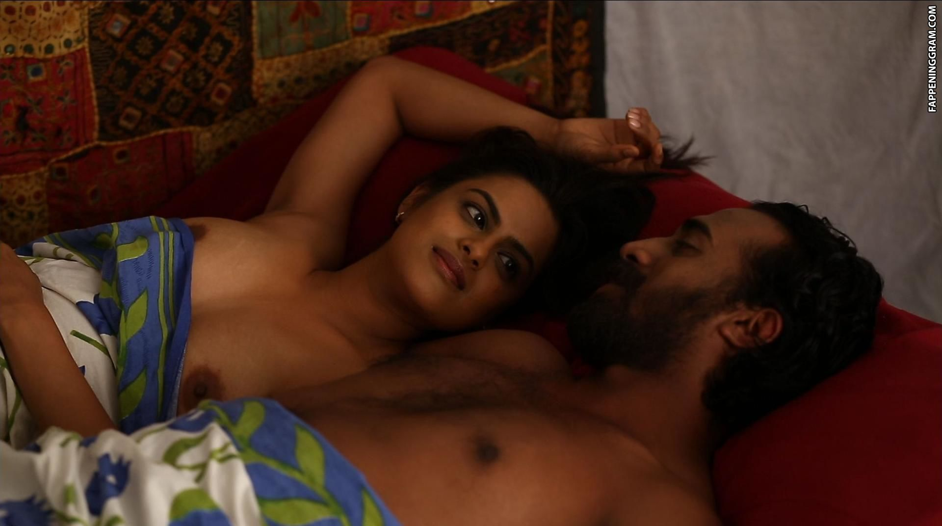 Vidya balan hot scene