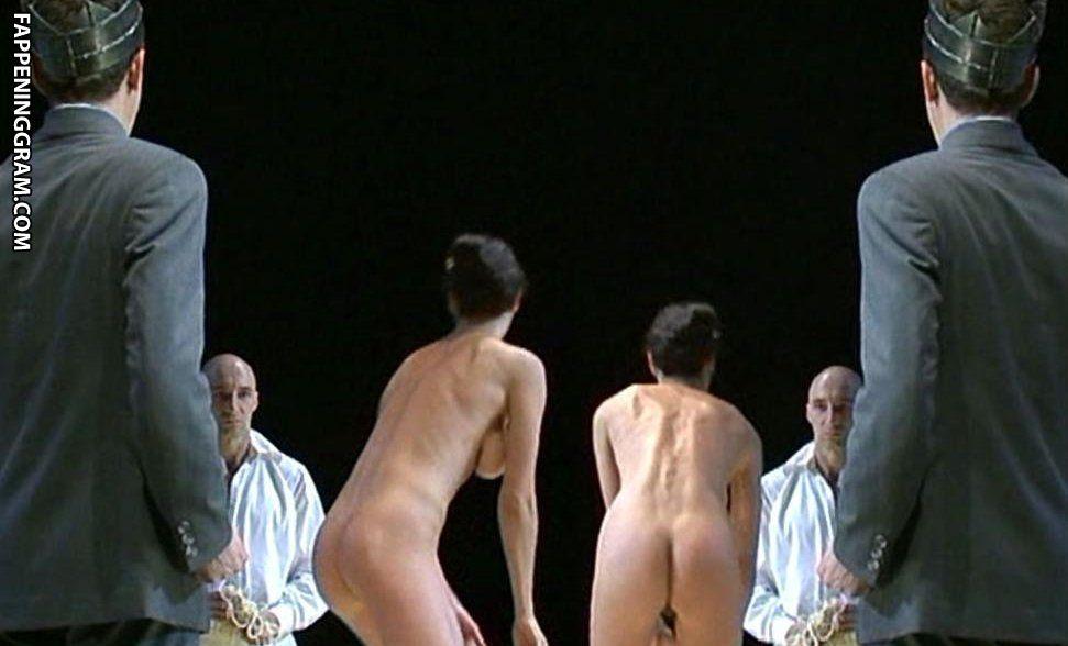 Davis nackt Suzanne  Suzanne Davis