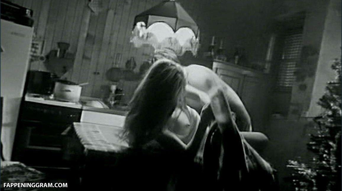 Herden  nackt Anja Marlies Engel,