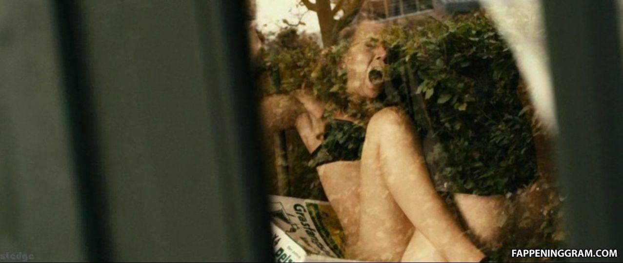 Nora Binder Nude