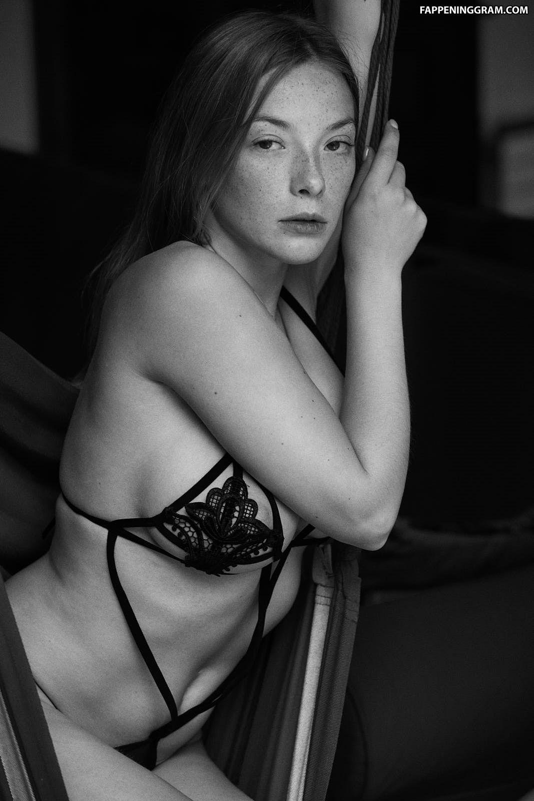 Olga Kobzar Nude The Fappening - FappeningGram
