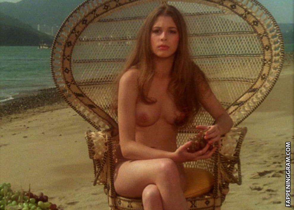 Stephanie Sherrin  nackt