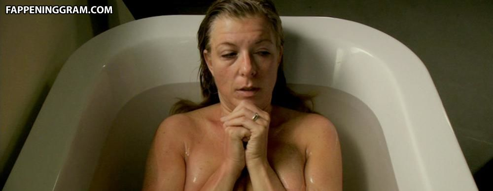 Stellar nackt Carolyn  Dawn Lyn