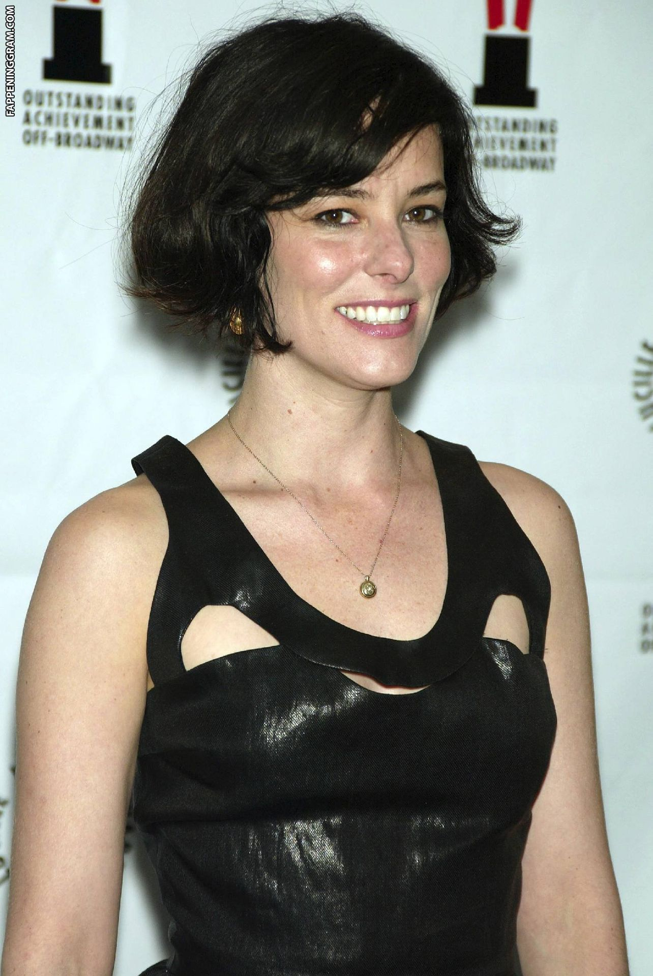 Parker Posey  nackt