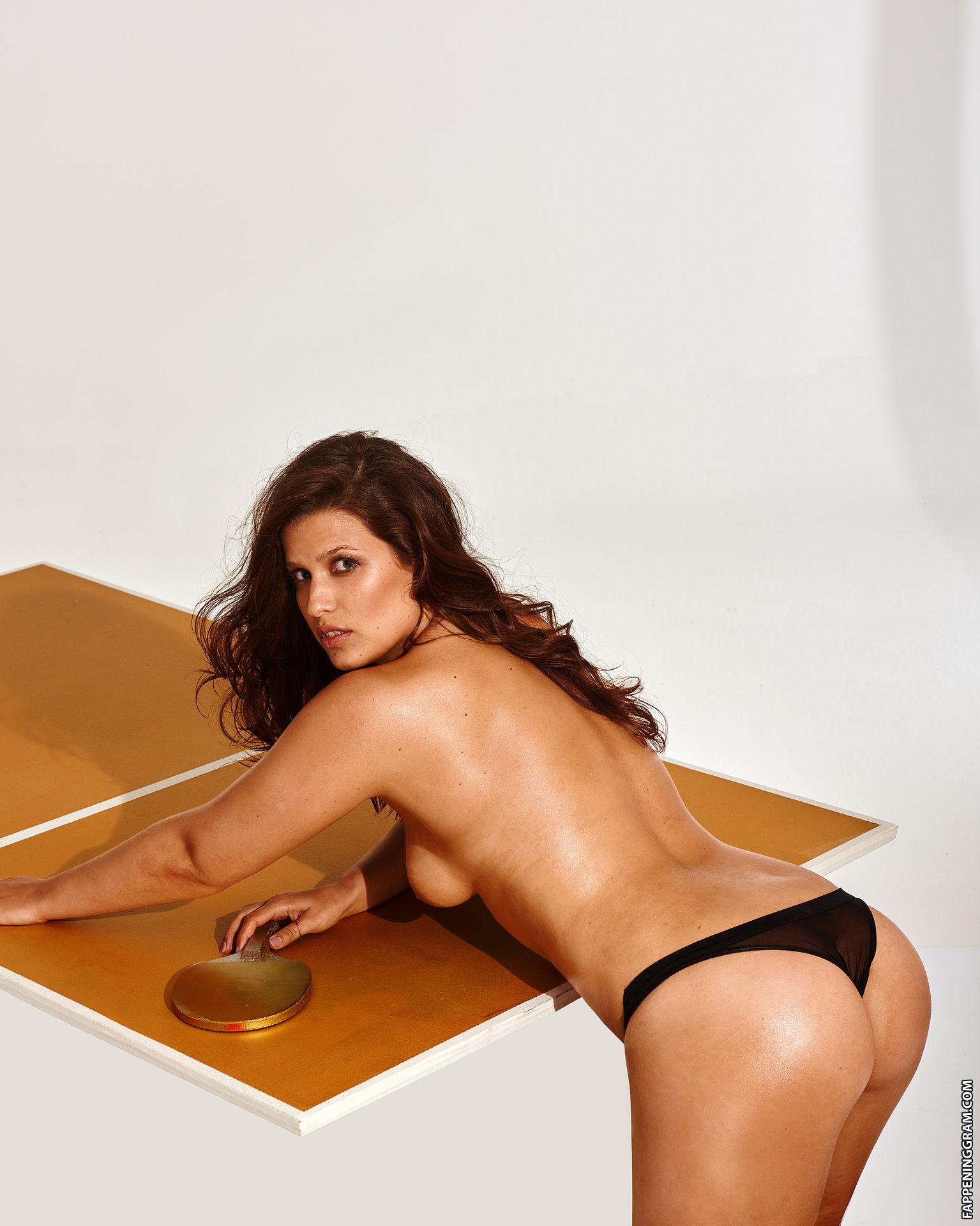 Sabrina nackt Sancler 41 Hottest