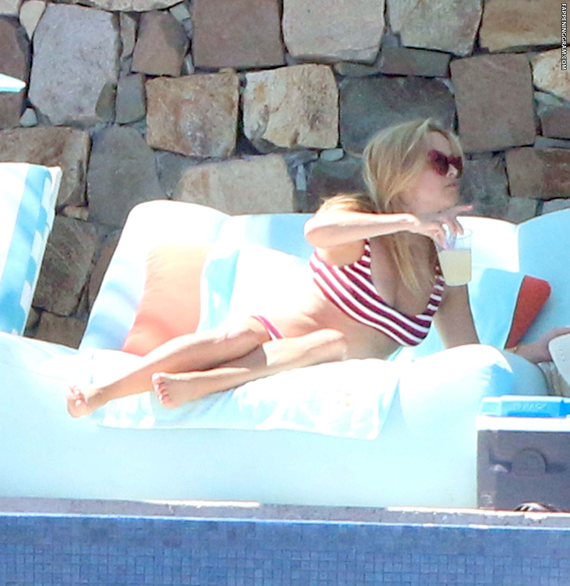 Reese witherspoon nude celebs