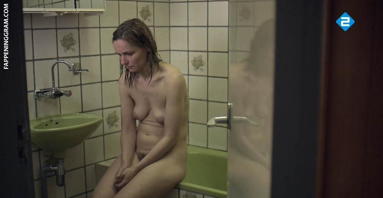 Nackt Sanneke Bos  Naked (1993)