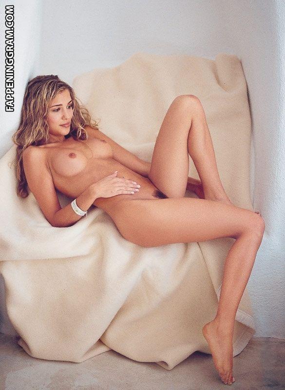 Sarah Porter  nackt