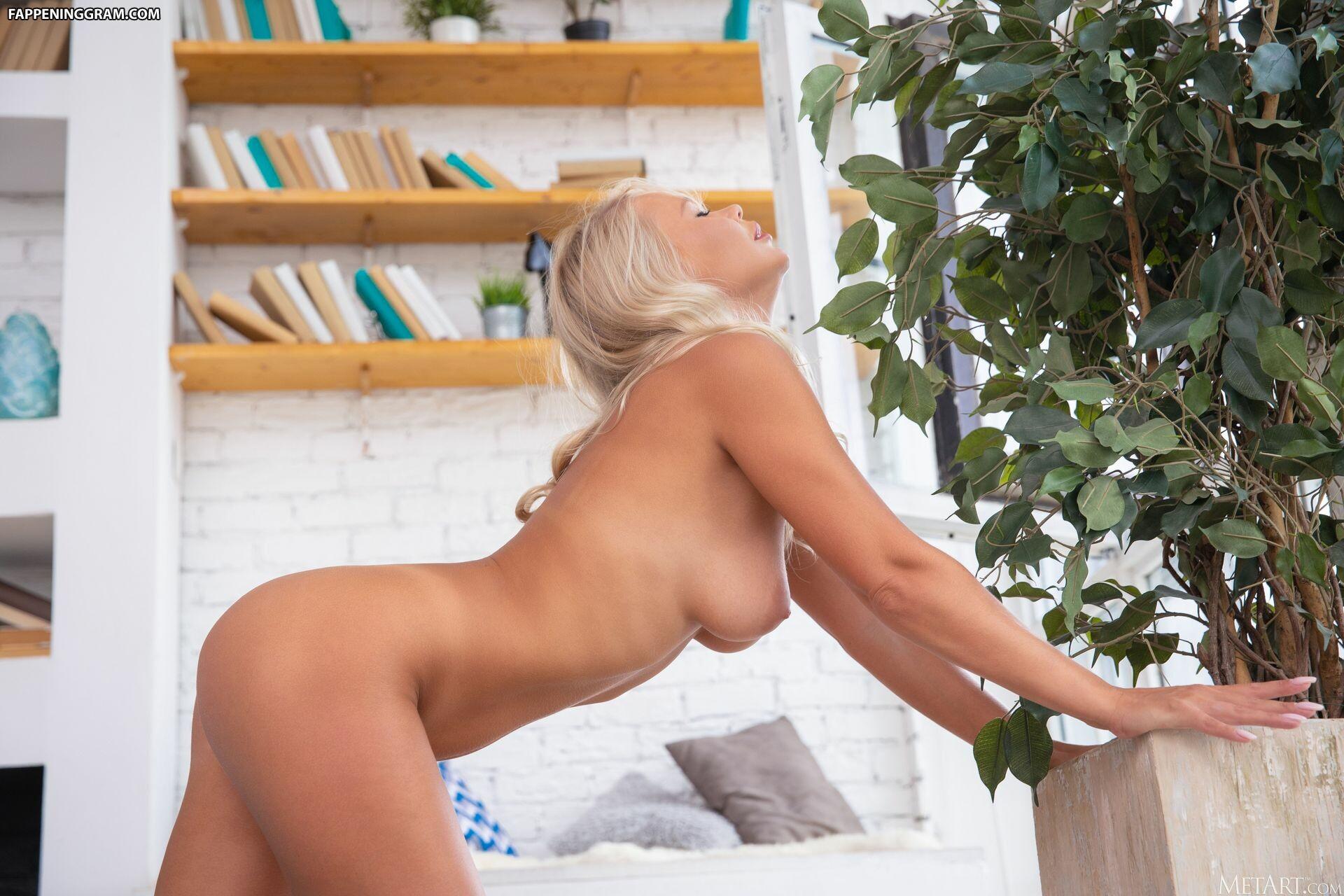 Sarika A Nude