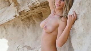 Saskia Atzerodt Nude Leaks