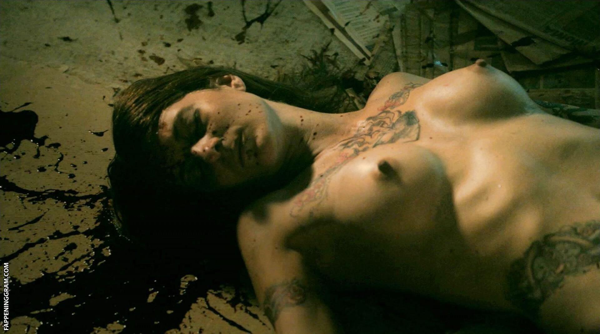Lee naked