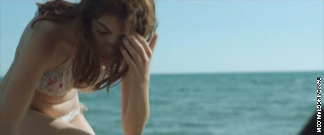 Selene nackt Caramazza Italian actress