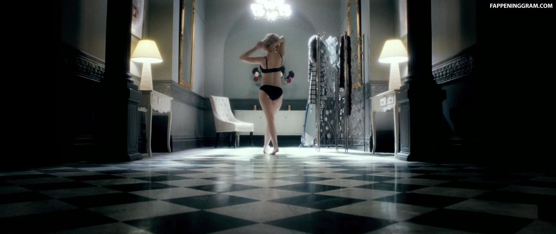 Nude shauna macdonald Hottest The