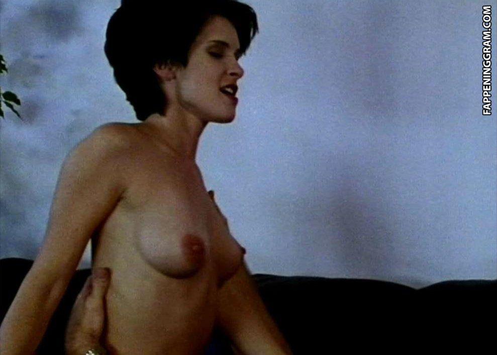Linda Sebastion  nackt