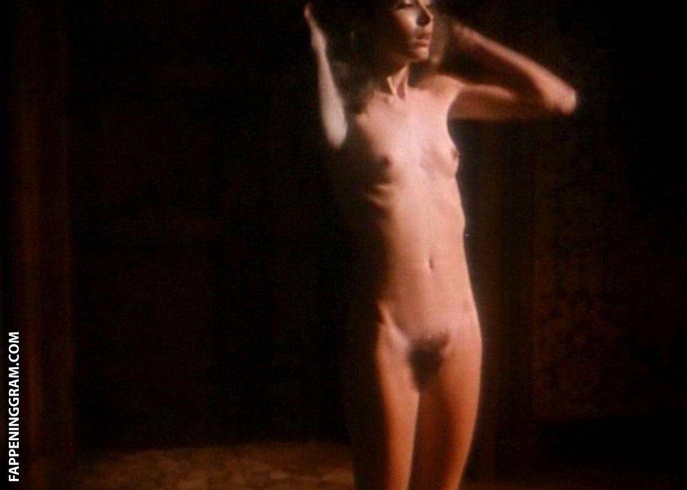 Sharpe  nackt Becky Becky Sharp