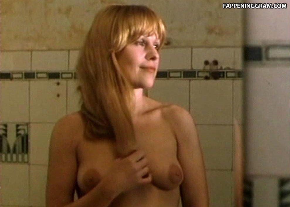 Tara nackt Prades Lucia Tara Lucia