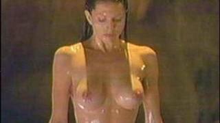 Simmone Jade Mackinnon Nude Leaks