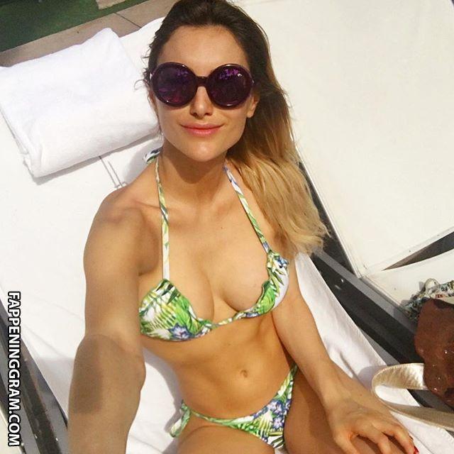 Sofia Macaggi  nackt
