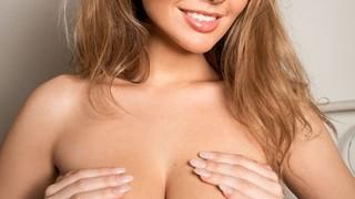sophie alexandra nude