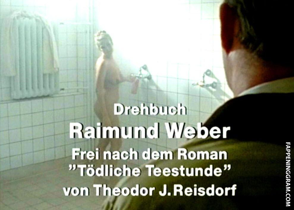 Nackt dailymotion schütt sophie Sophie Schütt
