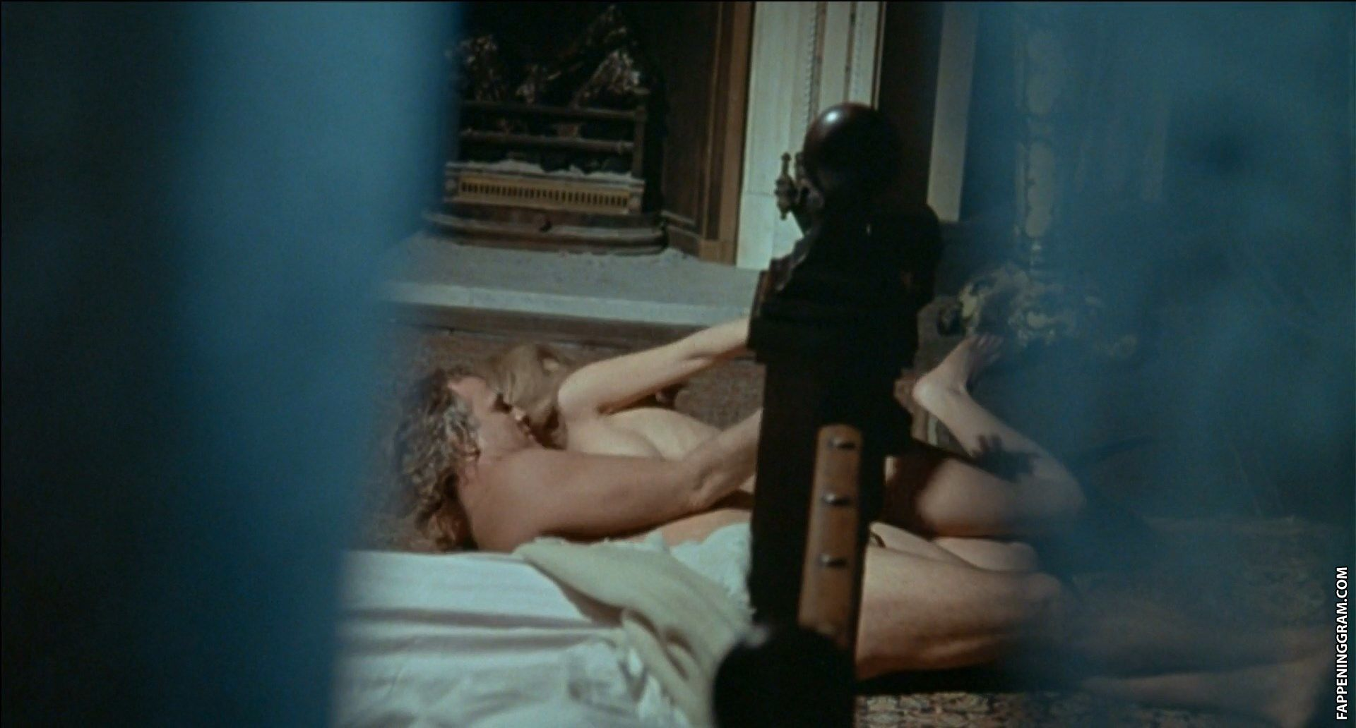 See and save as stephanie beacham vintage actress porn pict