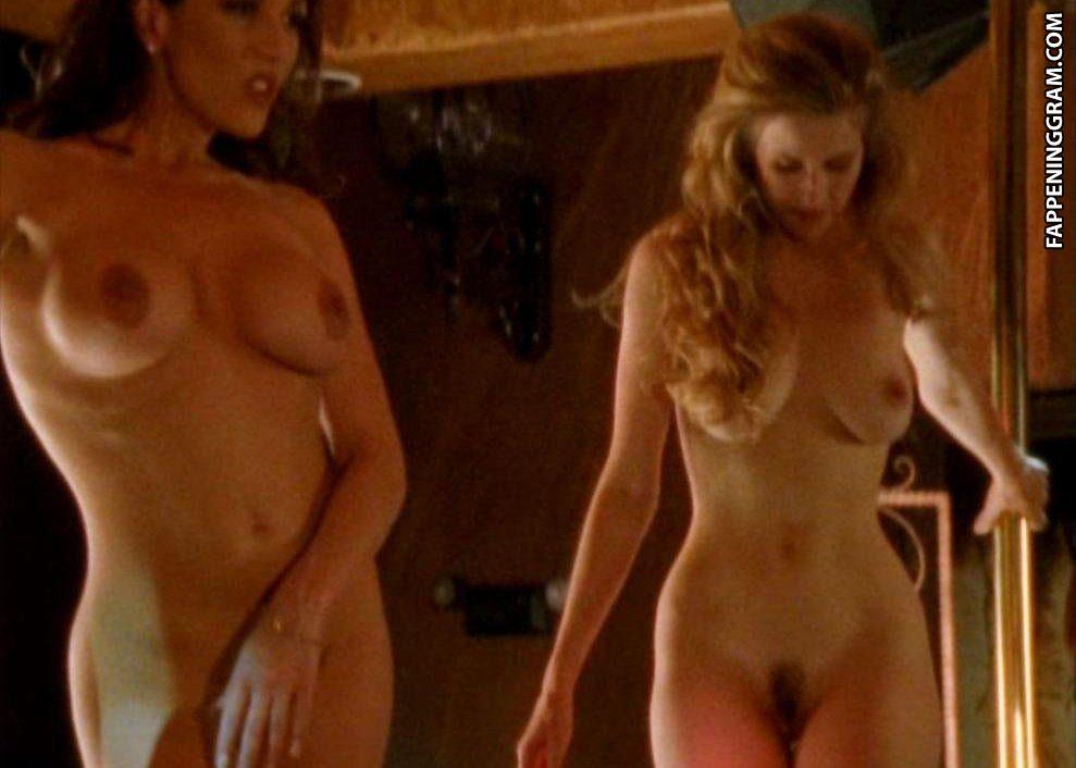 Elina Madison, Susan Featherly Nude In Lip Service