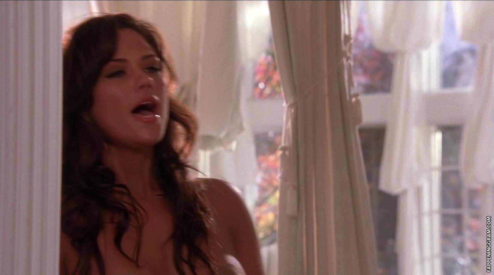 Leila arcieri nude