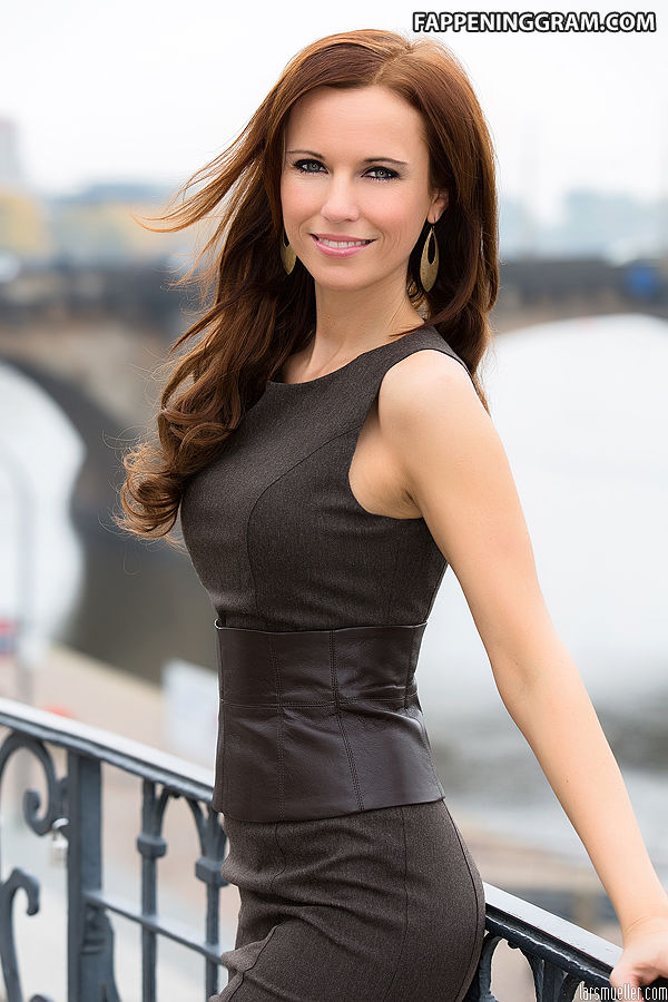 Irène Skobline  nackt