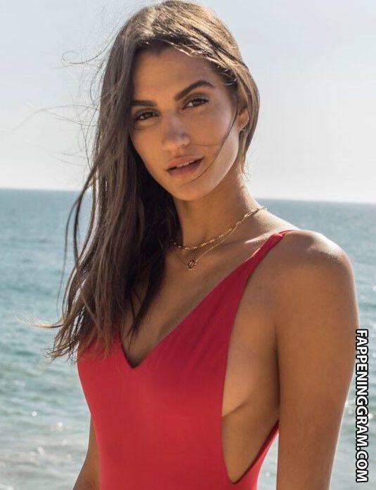 Nackt  Sarah Winsor Celebrities Porn