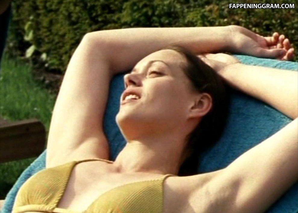 Newgren nackt Danielle Greta Actor Age