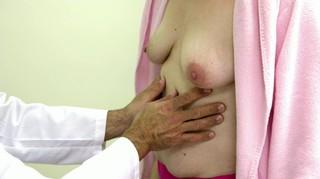 Taryn Brumfitt Nude Leaks