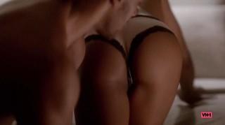 Taylour Paige Nude Leaks