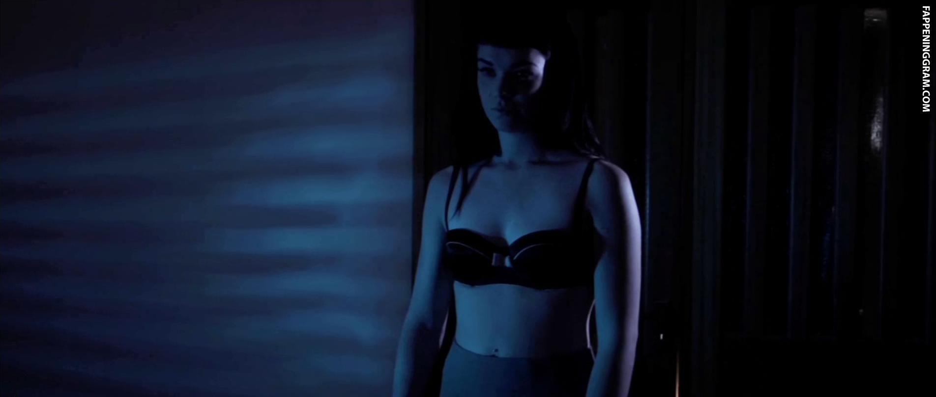 Stephanie Finley  nackt