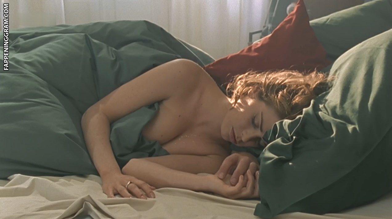 Anna Chancellor  nackt