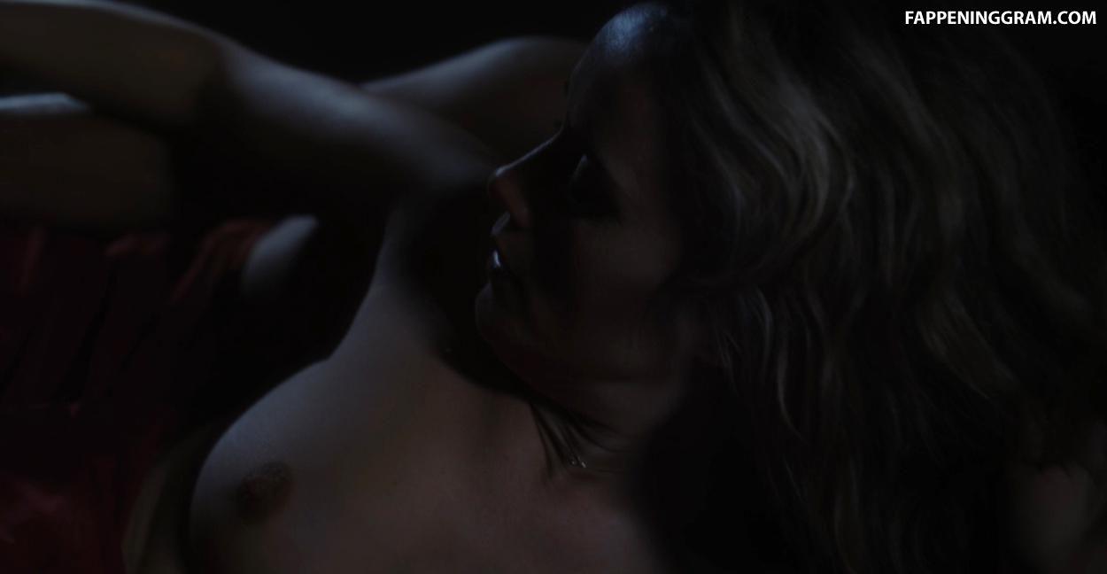 Emilia nackt Zoryan Ares Emilia Ares