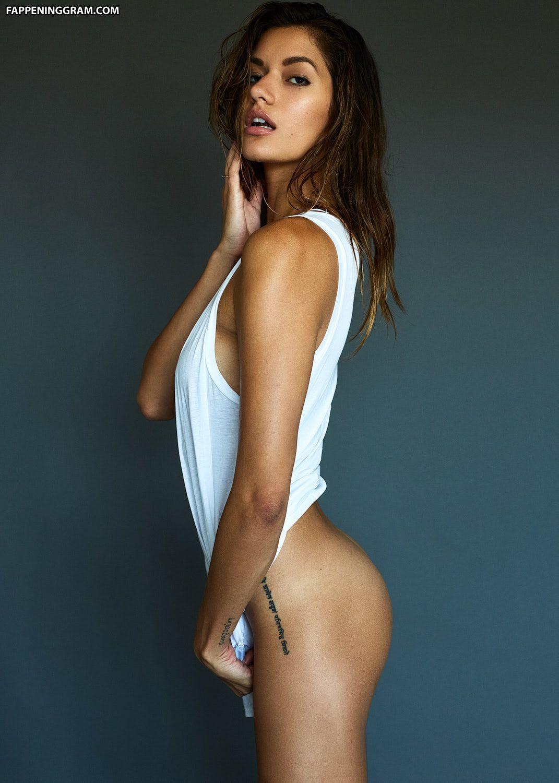 Marie von den Benken  nackt