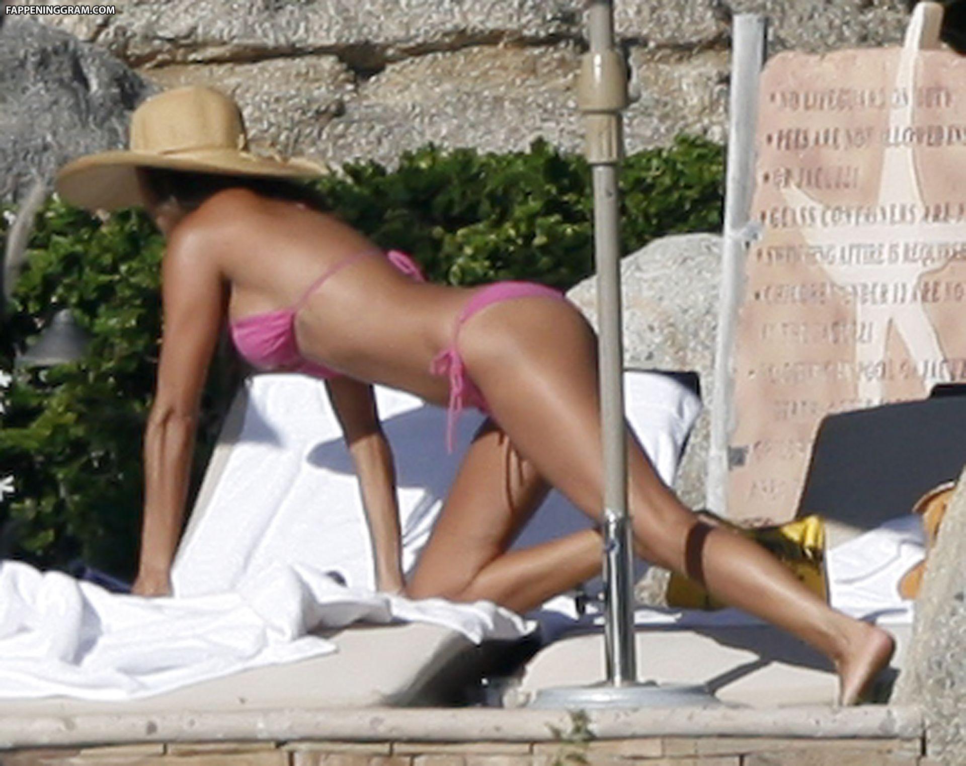 Vanessa Minnillo Nude Censored And Uncensored