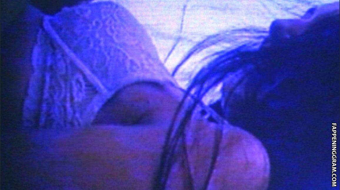 Vanessa Shaver Nude