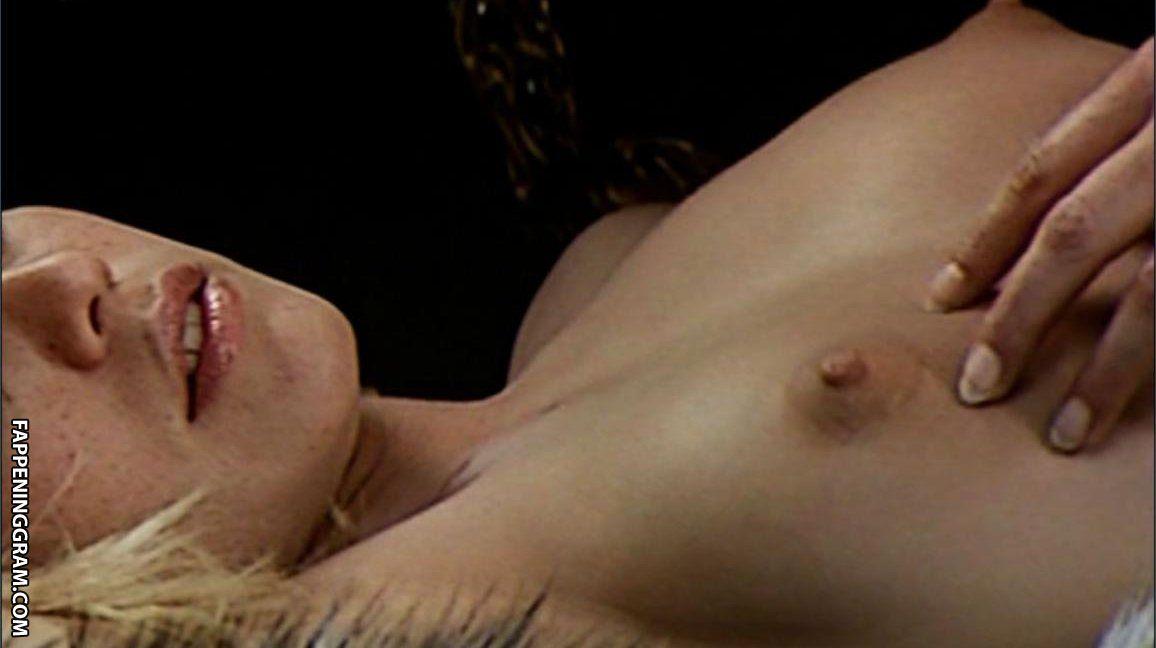 Kanninen  nackt Mariah 41 Sexiest