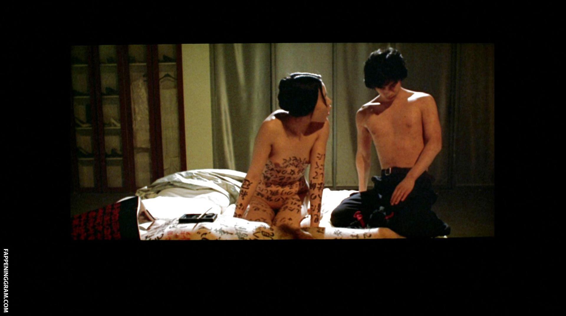Naked wu Constance Wu