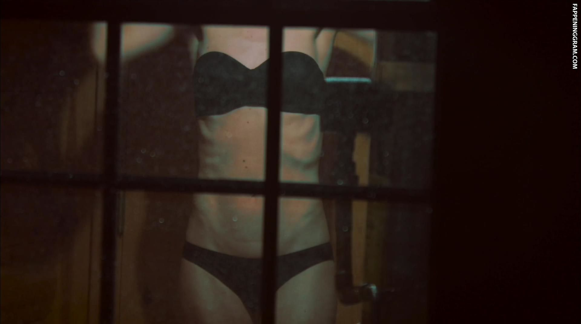Nackt  Samantha Droke Samantha Droke