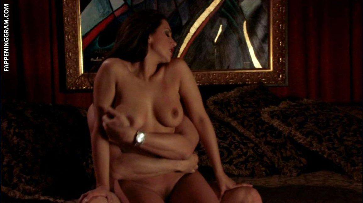 Zoe mclellan full frontal nude